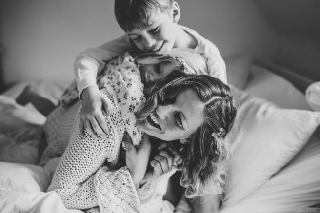 babybauchfotos-mit-geschwistern (20)